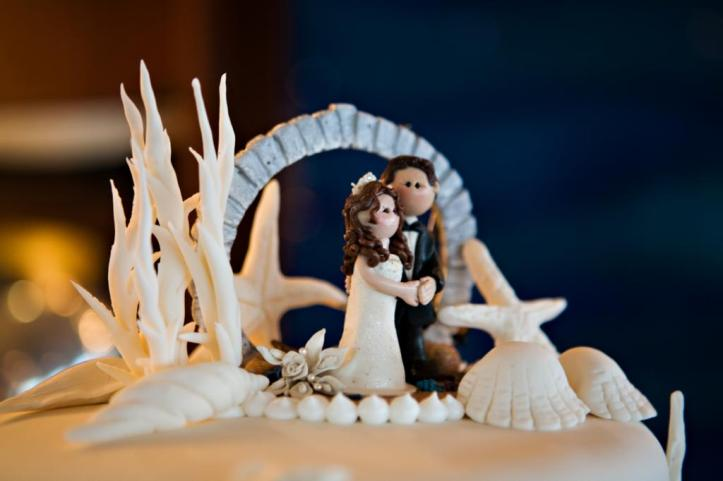 Custom Cake Topper Bermuda Moon Gate