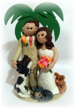 Include Special Friends In Your Custom Cake Topper