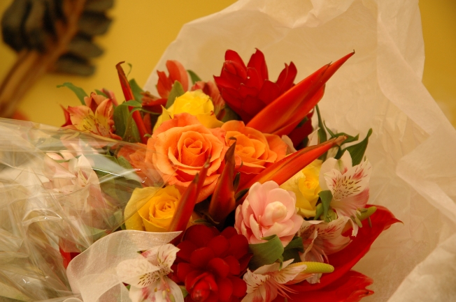 Stunning Tropical Flowers In Vibrant Colors Were Used Everywhere