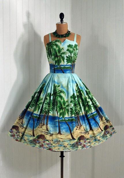 1950s Dress Perfect for Destination Wedding
