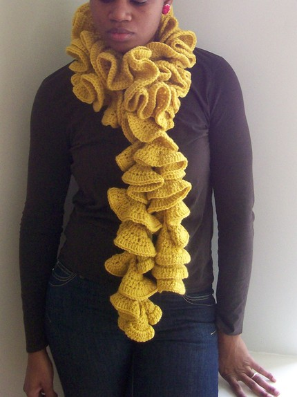 Ruffled Wool Scarf