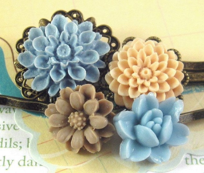 Vintage Style Flower Cabochons