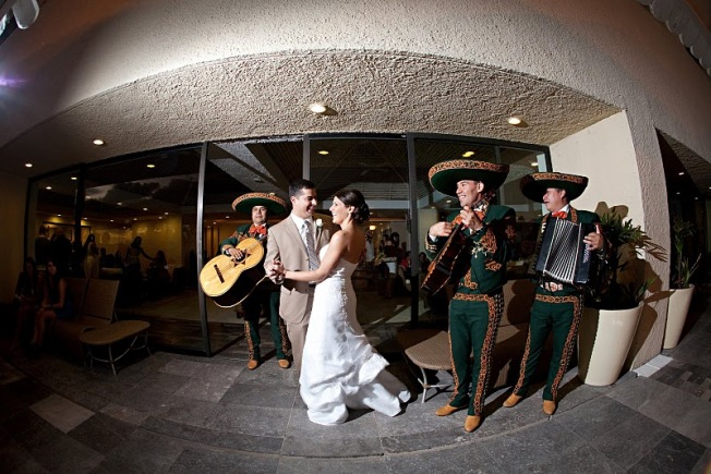 Mariachi Band Plays During Cocktail Hour