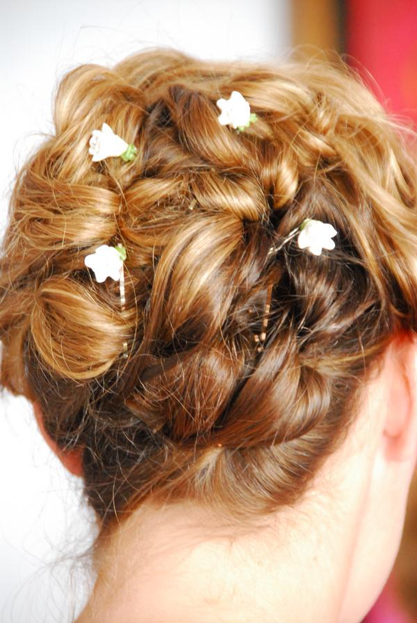 Accent Your Destination Wedding Hair Style