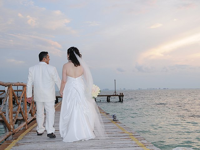 Just Married At Isla Mujeres Palace