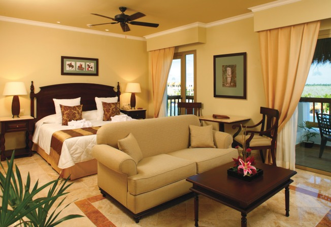 Elegant Guest Room at Valentin Imperial Maya