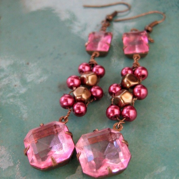 Decadant Vintage Kisses Earings by loreleisatelier