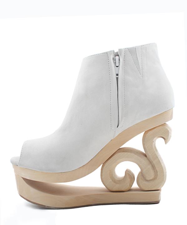 Winter Destination Wedding Shoes