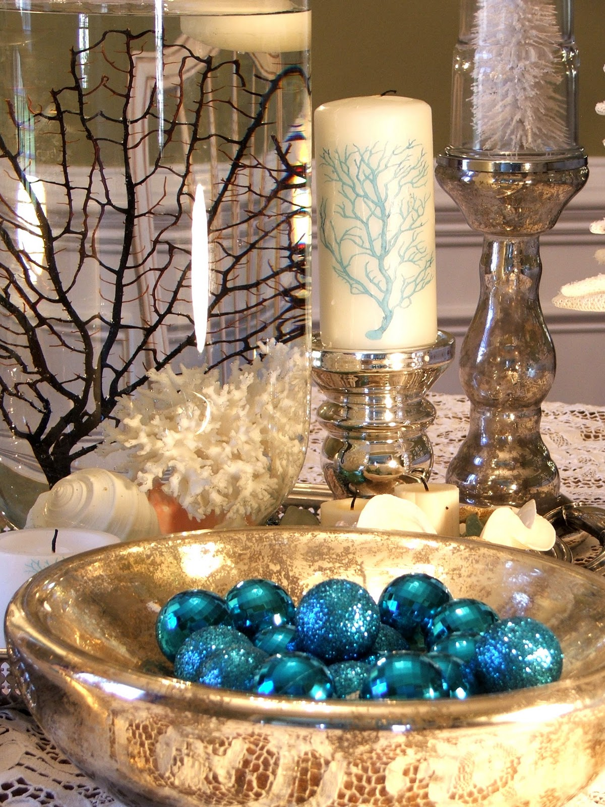 bhg - Beach Christmas Decorating Ideas