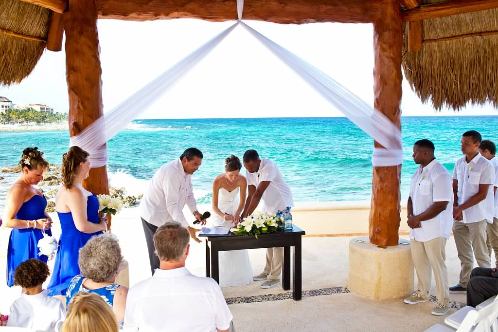 Planning a destination wedding in cancun and riviera maya for Plan a destination wedding