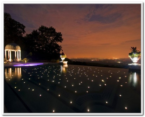 floating-lights-for-pool-party