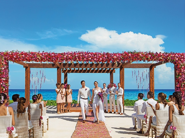 BRERC_WeddingBeach_2A.jpg