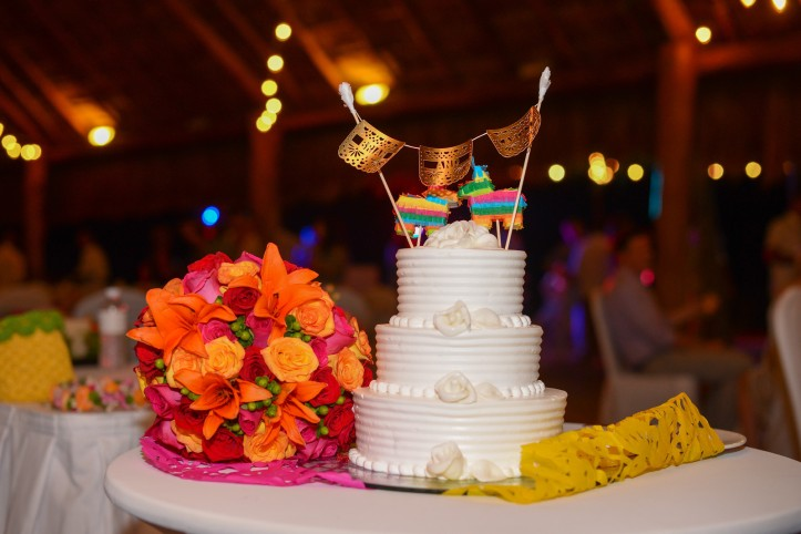 Wedding Cake Topper Finest Playa Mujeres