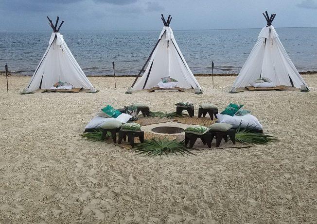 dreams-riviera-cancun-bonfire-e1546036596884