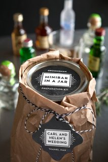 Minibar-in-a-Jar-Groomsman-Gifts_0002